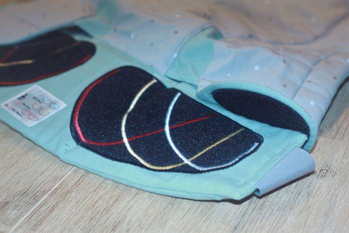 Nettes Detail: Die Markierungen im stufenlos einstellbaren Klettverschluss des Hüftgurtes
